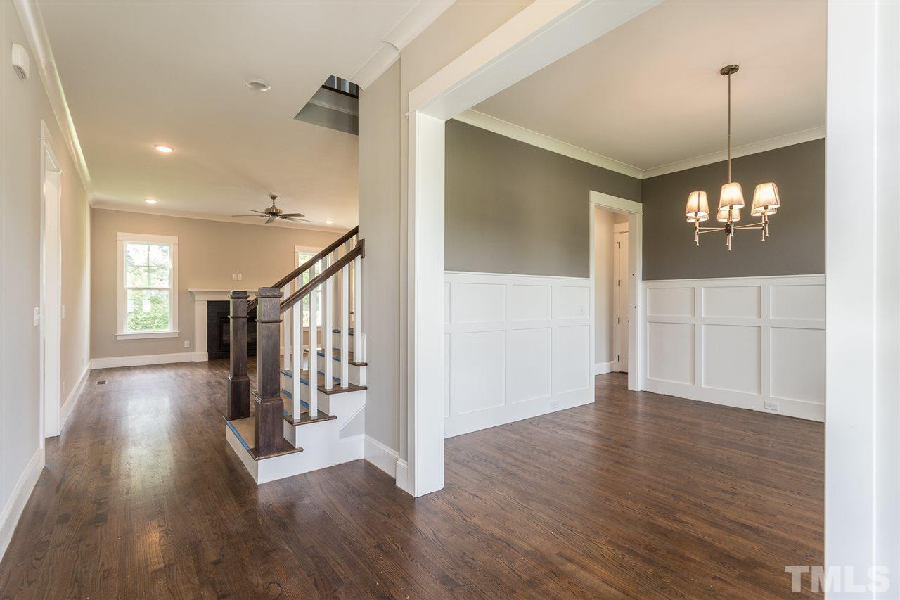 2816 Orchard Meadow Court  Raleigh, NC 27606 - 5